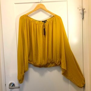UK2LA Mustard Blouse Bat Wing Too w/ Sleeves Sz L